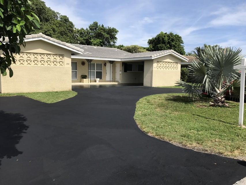 234 NE Wavecrest Way, Boca Raton, FL 33432
