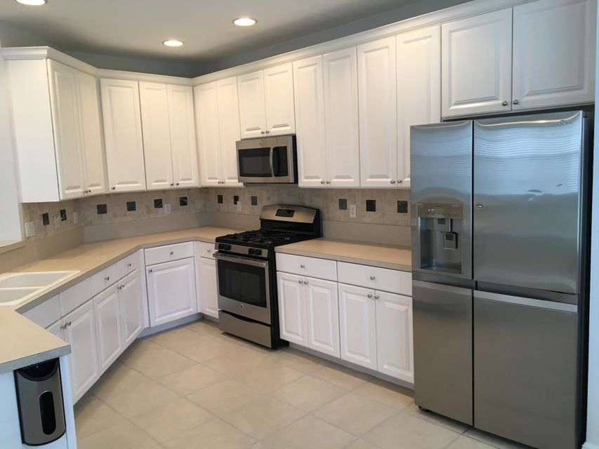 Additional photo for property listing at 622 Castle Drive  Palm Beach Gardens, Florida 33410 États-Unis