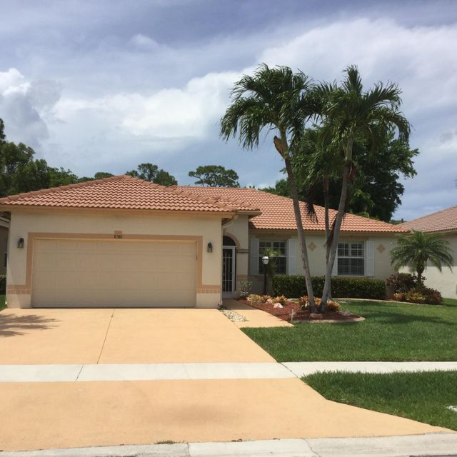 8381 Lake Cypress Road, Lake Worth, FL 33467