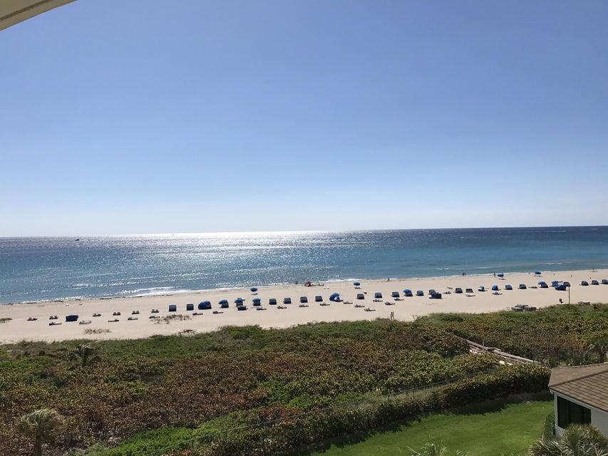 Appartement pour l à louer à 3000 N Ocean Drive Riviera Beach, Florida 33404 États-Unis