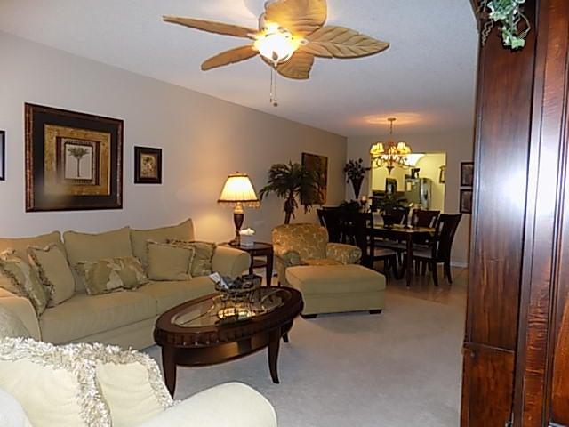 Additional photo for property listing at 3020 Florida Boulevard 3020 Florida Boulevard 德尔雷比奇海滩, 佛罗里达州 33483 美国