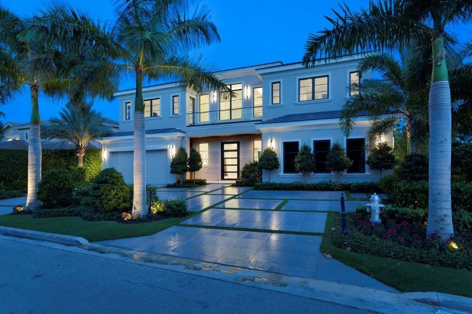Additional photo for property listing at 290 S Maya Palm Drive 290 S Maya Palm Drive Boca Raton, Florida 33432 Estados Unidos