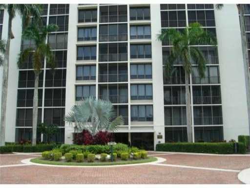 6895 Willow Wood Drive 1086, Boca Raton, FL 33434