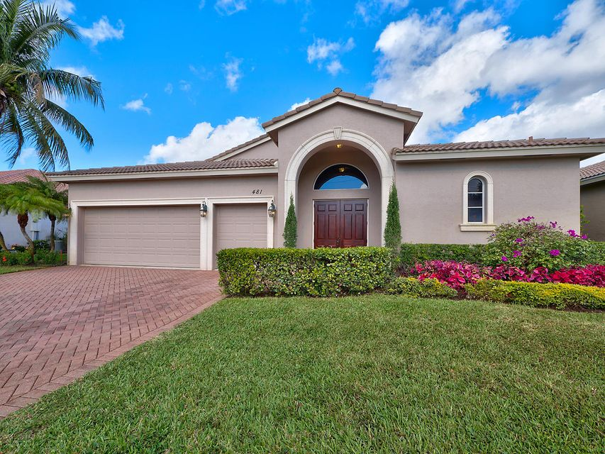 481 Pine Tree Court, Atlantis, FL 33462
