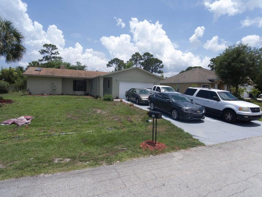 756 SW Gretchen Terrace, Port Saint Lucie, FL 34953