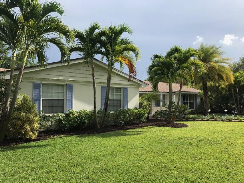 260 E Lakewood Road West Palm Beach, FL 33405 photo 4