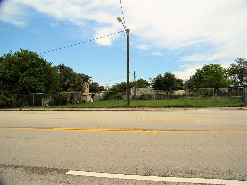 Commercial Land للـ Sale في Westgate Avenue Westgate Avenue West Palm Beach, Florida 33409 United States