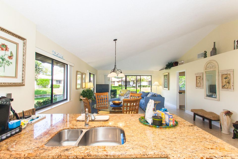 Additional photo for property listing at 614 Club Drive 614 Club Drive Palm Beach Gardens, Florida 33418 Vereinigte Staaten