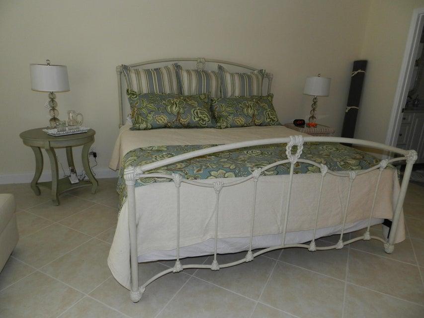 Additional photo for property listing at 316 Brackenwood Circle 316 Brackenwood Circle Palm Beach Gardens, Florida 33418 United States