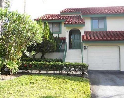 17 Lexington Lane W E, Palm Beach Gardens, FL 33418