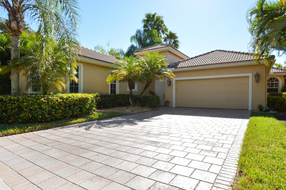 Home for sale in Wycliffe Golf & Country Club Greenbriar Wellington Florida