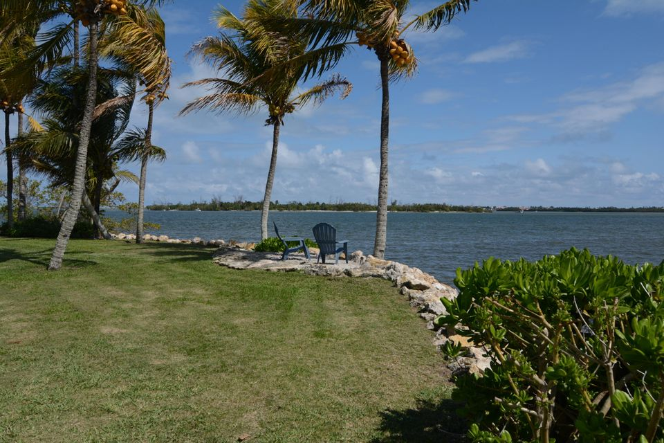 Additional photo for property listing at 1 Mandalay Island 1 Mandalay Island Stuart, Florida 34996 United States