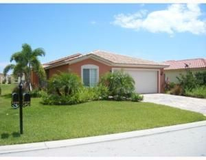 5530 45th Avenue, Vero Beach, FL 32967