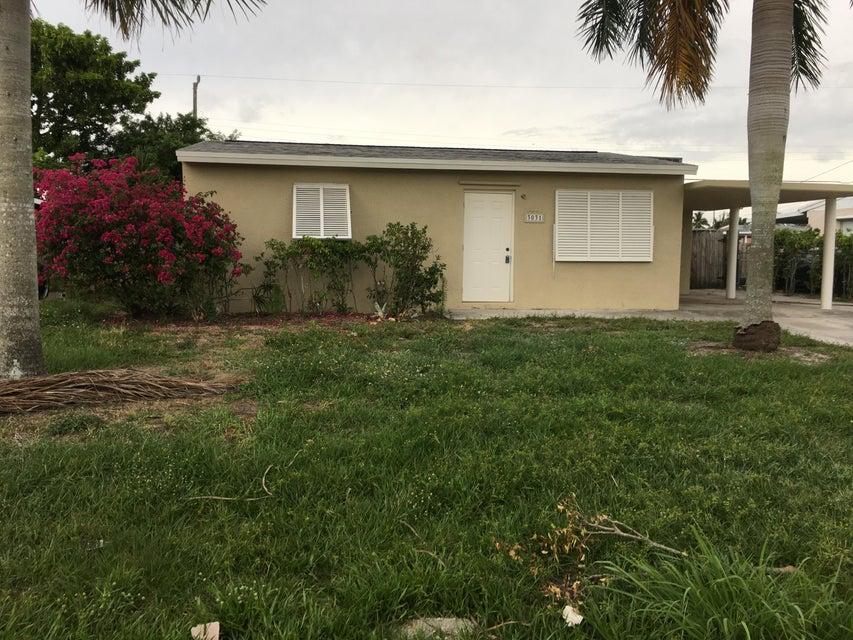 3031 Buckley Avenue, Lake Worth, FL 33461