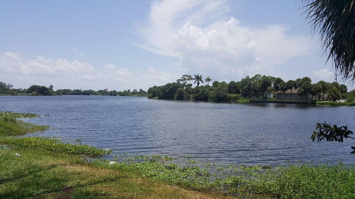 2880 Lake Osborne Drive 108, Lake Worth, FL 33461