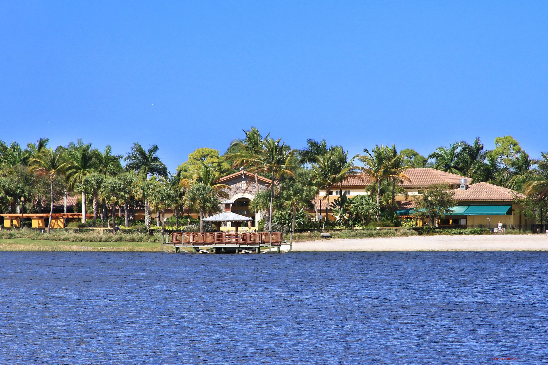 615 Castle Drive Palm Beach Gardens Fl 33410 Rx 10341178 In Evergrene
