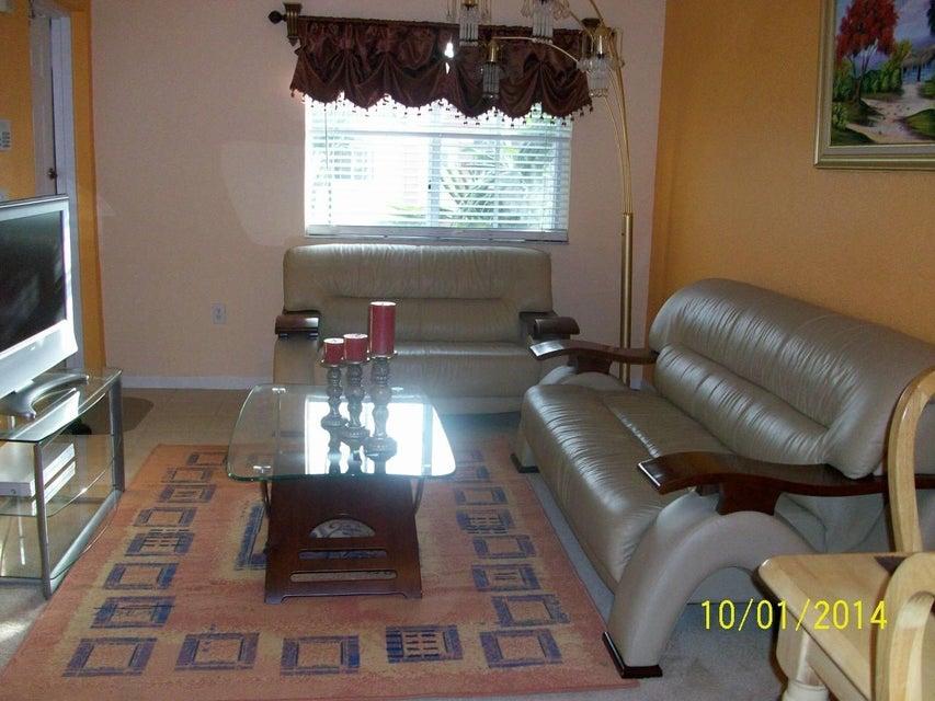 Additional photo for property listing at 3500 Briar Bay Boulevard 3500 Briar Bay Boulevard West Palm Beach, Florida 33411 États-Unis