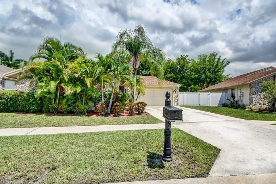 21078 Country Creek Drive, Boca Raton, FL 33428