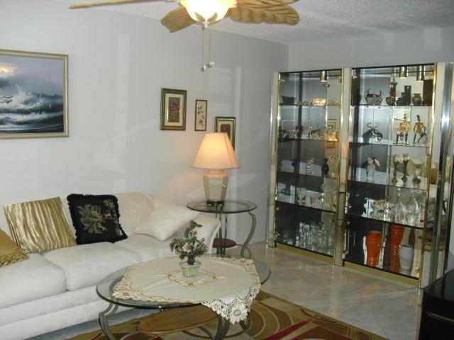 Additional photo for property listing at 2028 Hythe B 2028 Hythe B Boca Raton, Florida 33434 Estados Unidos