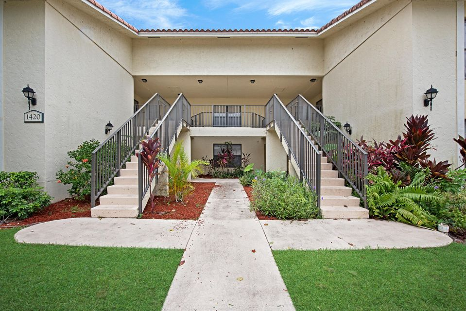 1420 Windorah Way C , West Palm Beach FL 33411 is listed for sale as MLS Listing RX-10337467 23 photos