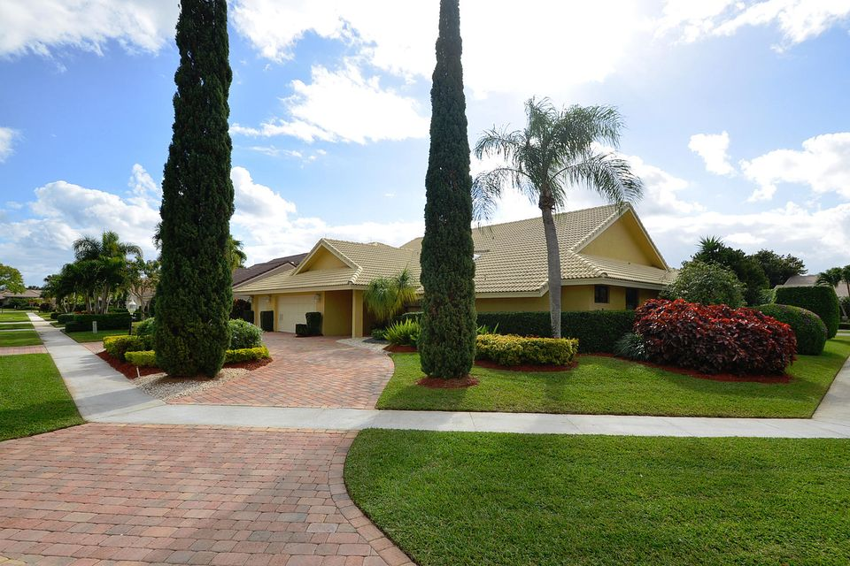 3714 Red Maple Circle, Delray Beach, FL 33445