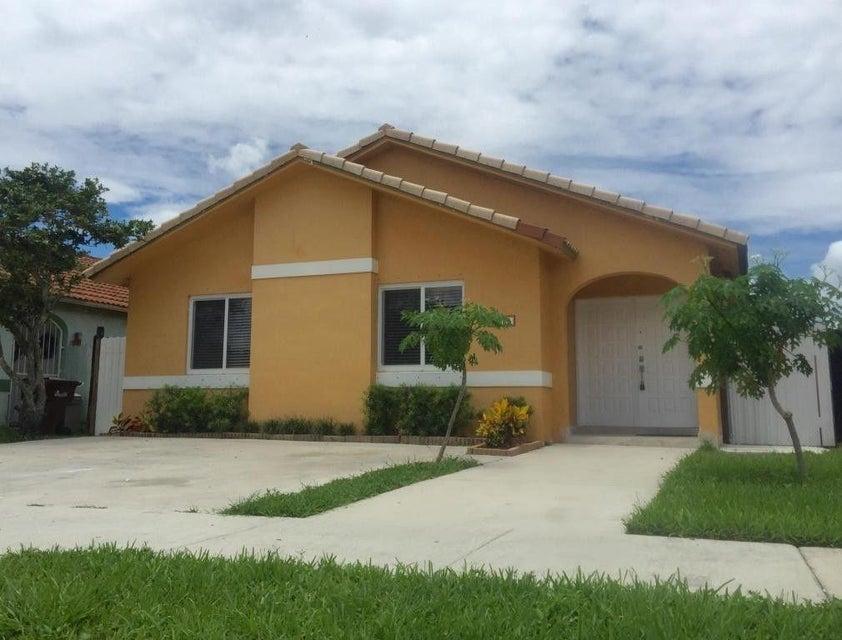 6914 W 24th Lane, Hialeah, FL 33016
