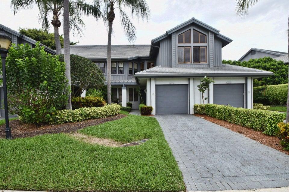 合作社 / 公寓 为 销售 在 21267-D Clubside Drive 21267-D Clubside Drive Boca Raton, Florida 33434 United States