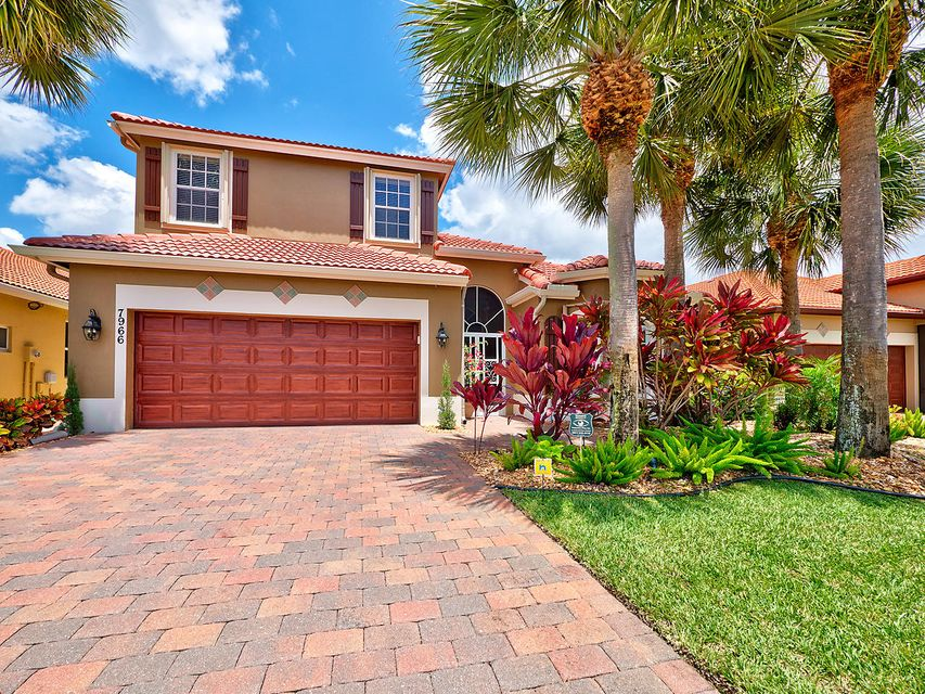 7966 Canary Island Way, Boynton Beach, FL 33436