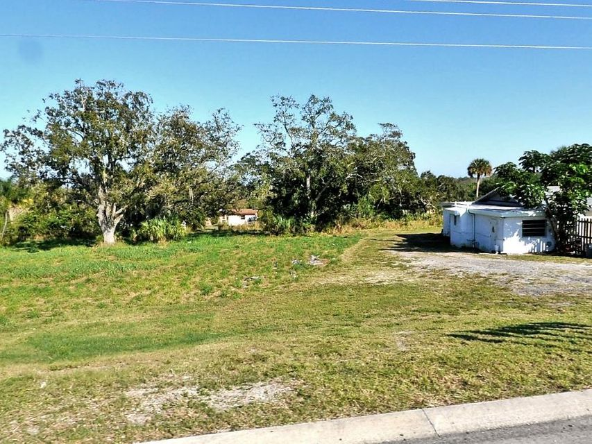 Commercial Land للـ Sale في N Us Highway 1 N Us Highway 1 Fort Pierce, Florida 34950 United States