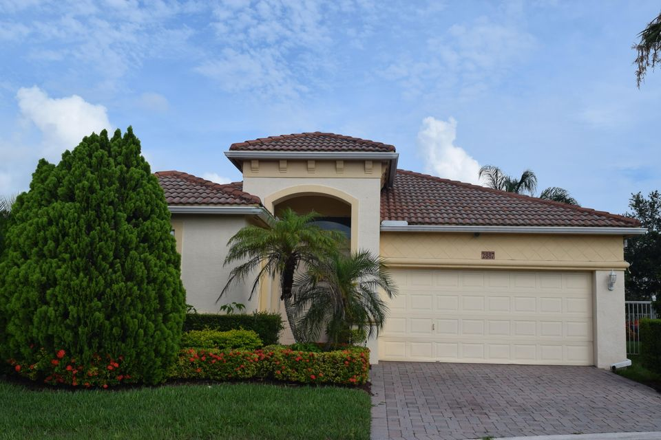 2887 N Bight, West Palm Beach, FL 33411