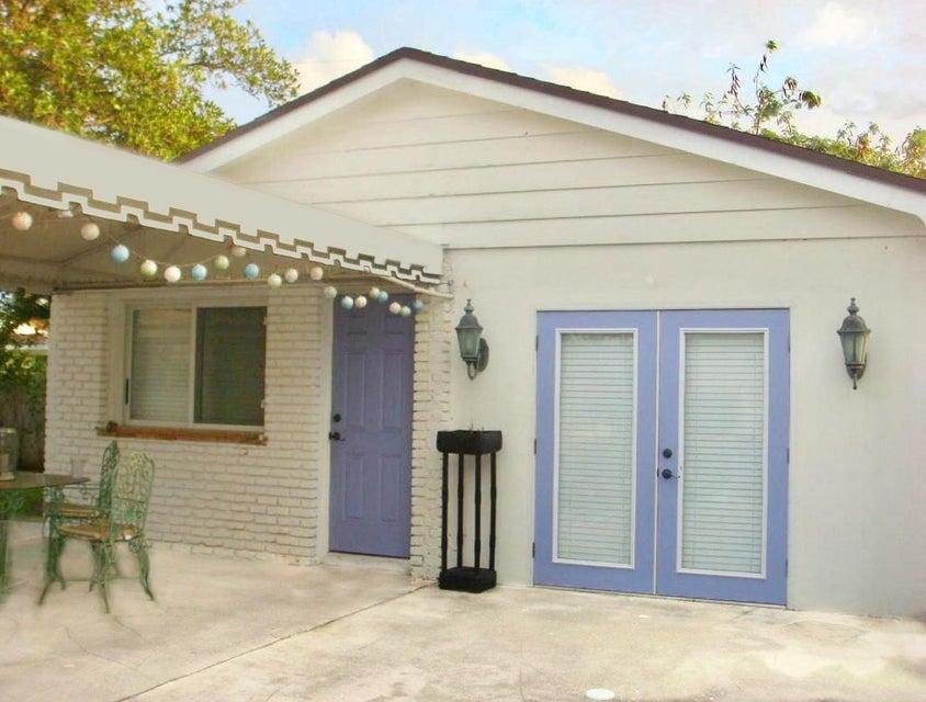 260 E Lakewood Road West Palm Beach, FL 33405 photo 11