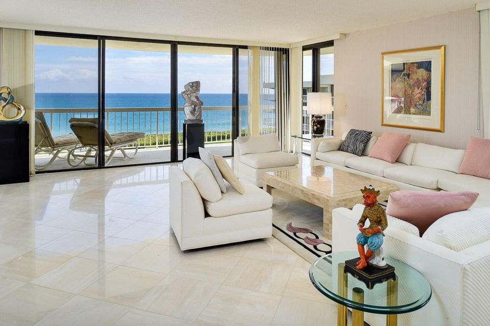 Additional photo for property listing at 3300 S Ocean Boulevard 3300 S Ocean Boulevard Palm Beach, Florida 33480 États-Unis