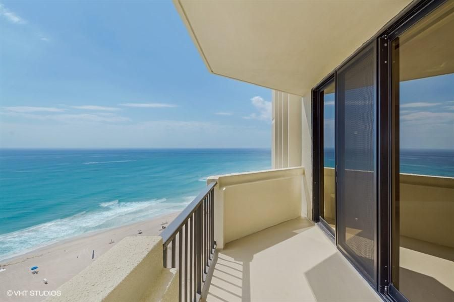 Co-op / Condo for Sale at 2800 N Ocean Drive Singer Island, Florida 33404 United States
