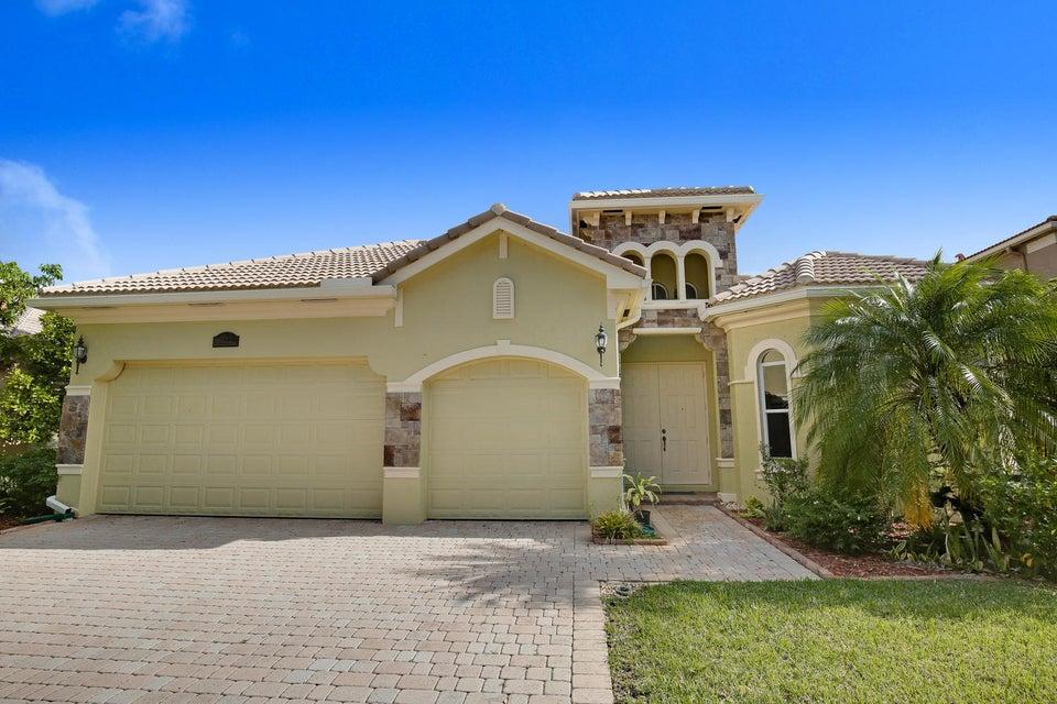 8722 Cobblestone Point Circle, Boynton Beach, FL 33472