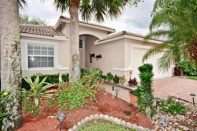 8219 Duomo Circle, Boynton Beach, FL 33472