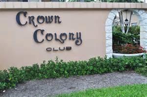 Co-op / Condo للـ Sale في 5510 N Ocean Boulevard 5510 N Ocean Boulevard Ocean Ridge, Florida 33435 United States