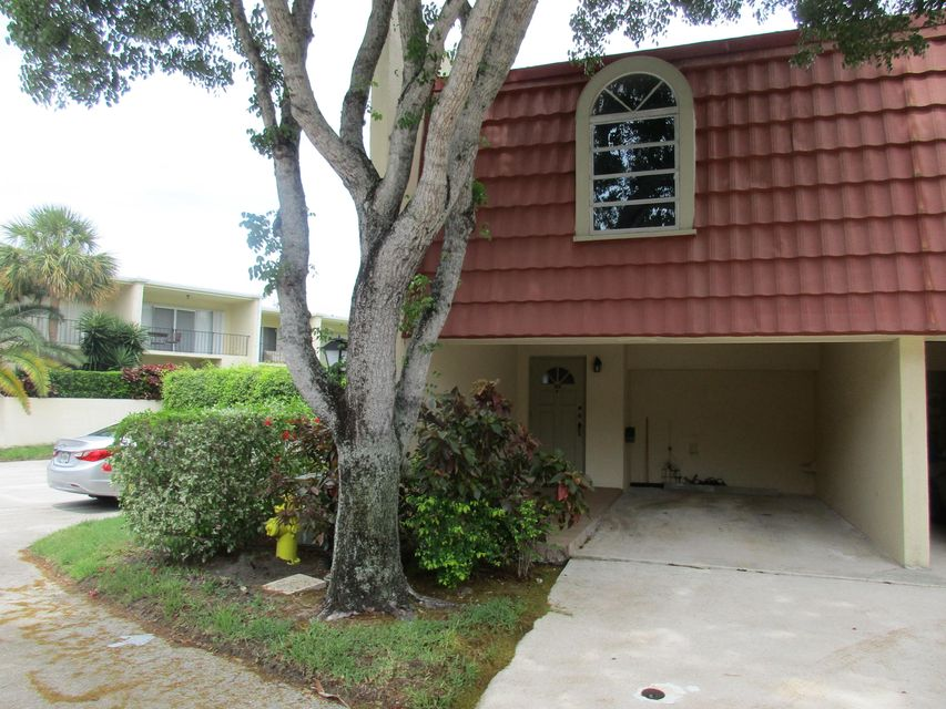 388 Golfview Road H, North Palm Beach, FL 33408