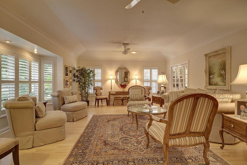 231  Thatch Palm Drive , Boca Raton FL 33432 is listed for sale as MLS Listing RX-10342348 photo #23