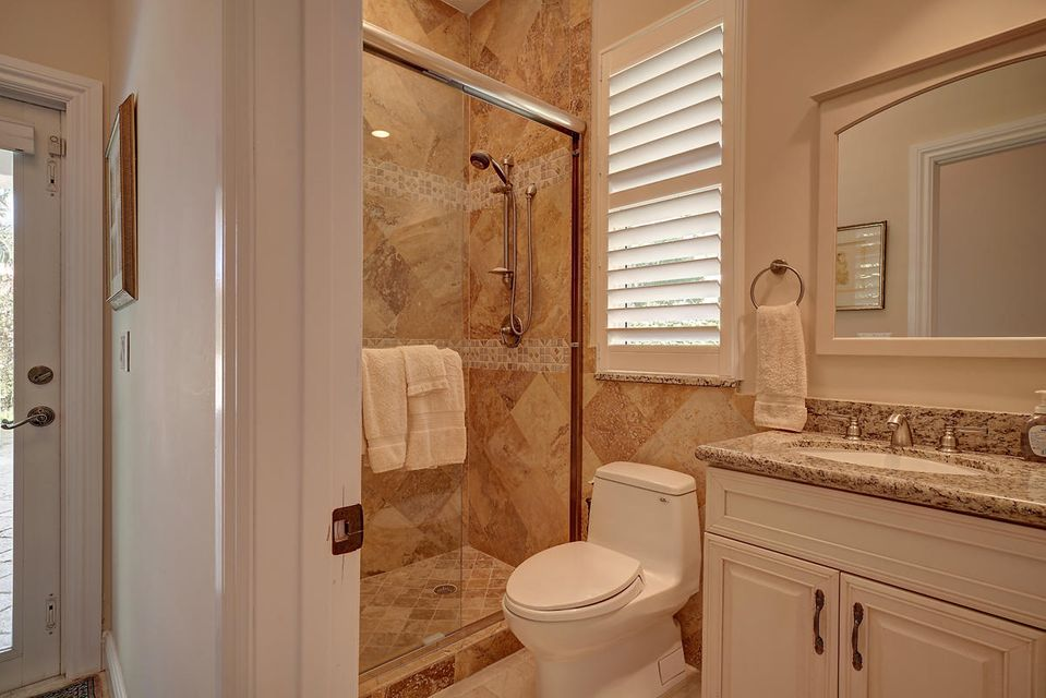 231  Thatch Palm Drive , Boca Raton FL 33432 is listed for sale as MLS Listing RX-10342348 photo #36