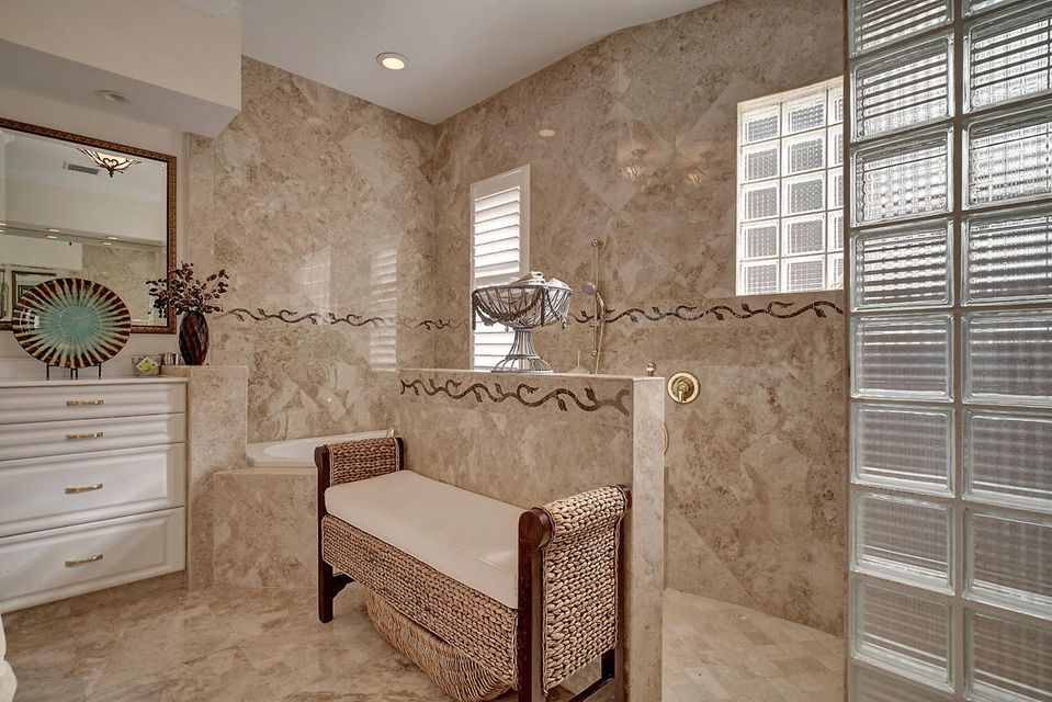 231  Thatch Palm Drive , Boca Raton FL 33432 is listed for sale as MLS Listing RX-10342348 photo #34