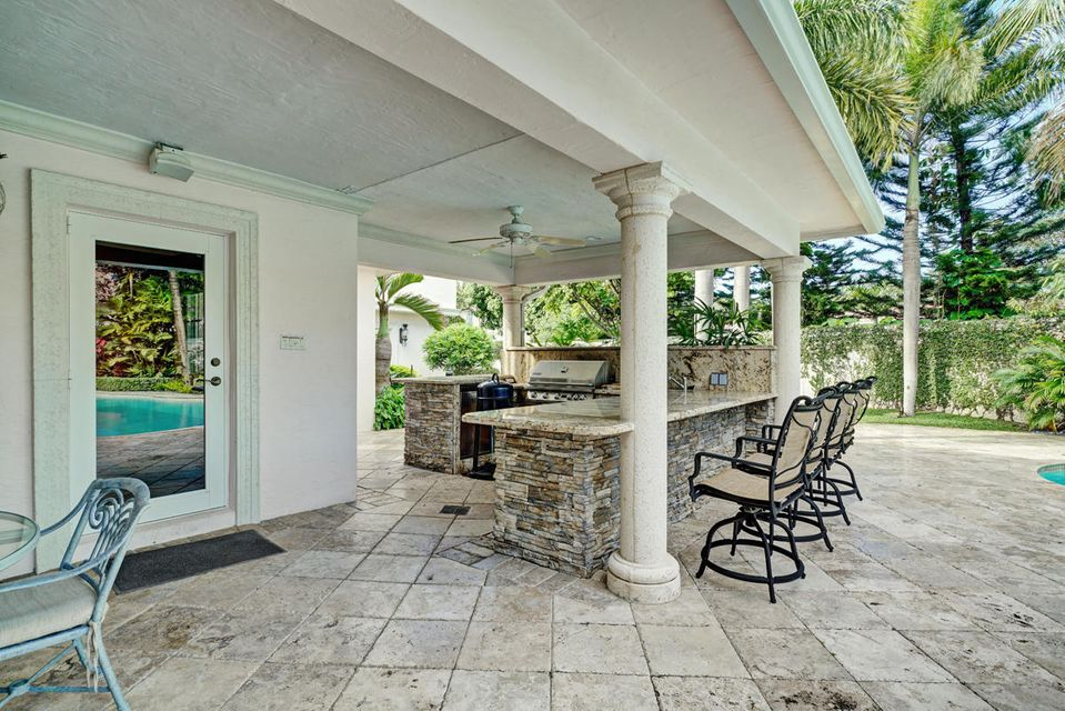 231  Thatch Palm Drive , Boca Raton FL 33432 is listed for sale as MLS Listing RX-10342348 photo #11