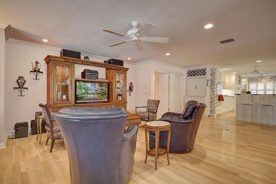 231  Thatch Palm Drive , Boca Raton FL 33432 is listed for sale as MLS Listing RX-10342348 photo #26