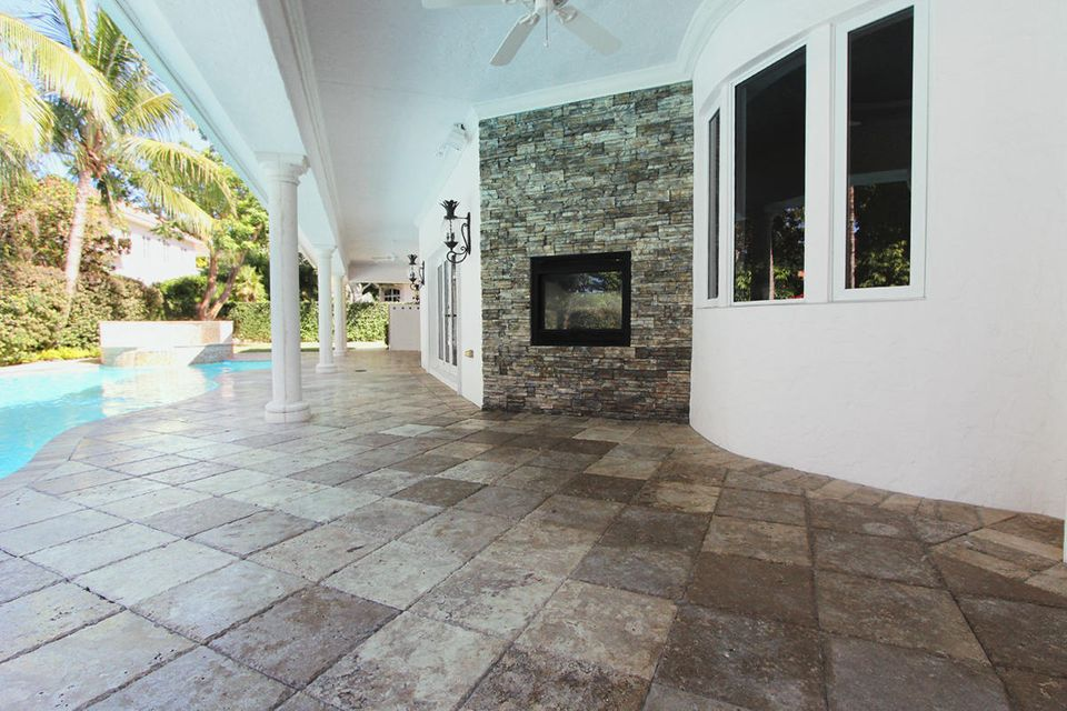 231  Thatch Palm Drive , Boca Raton FL 33432 is listed for sale as MLS Listing RX-10342348 photo #15