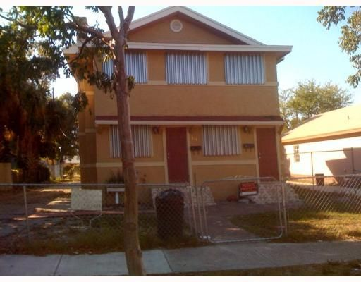 Duplex for Sale at 614 33rd Street 614 33rd Street West Palm Beach, Florida 33407 United States