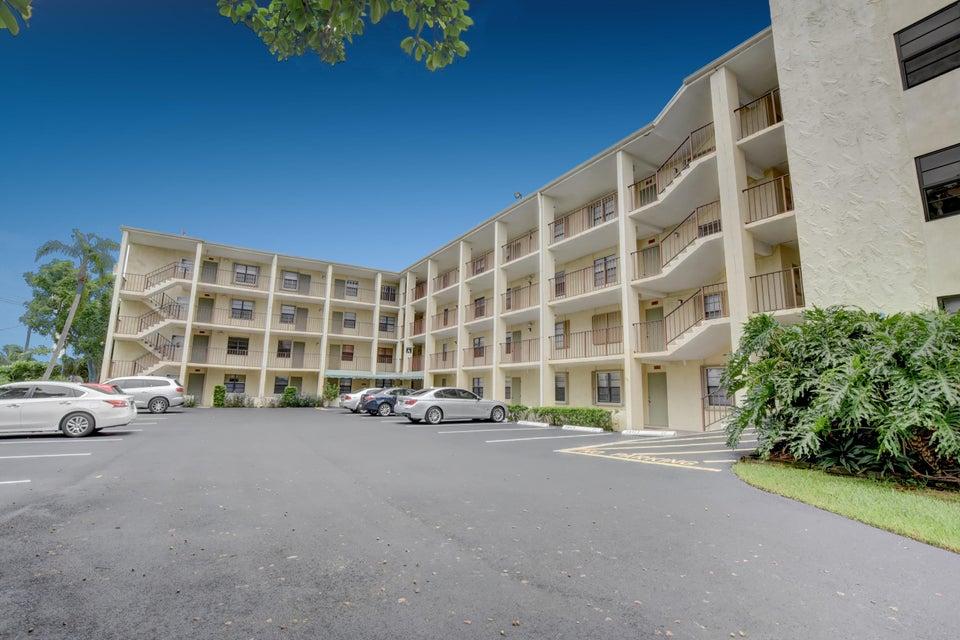 501 SW 11th Place 204, Boca Raton, FL 33432