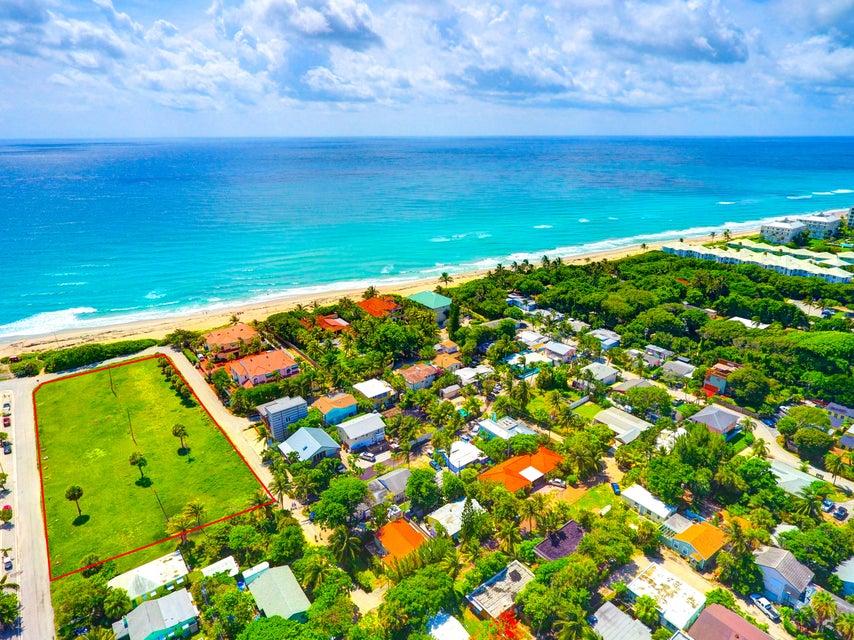30  Briny Breezes Boulevard , Boynton Beach FL 33435 is listed for sale as MLS Listing RX-10342284 photo #2
