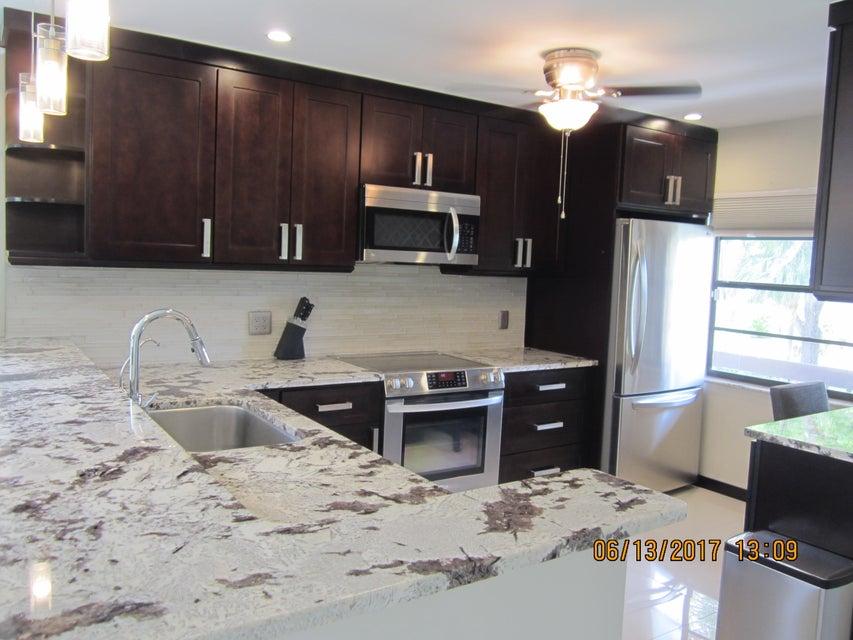 9206 Pecky Cypress Lane 3h, Boca Raton, FL 33428