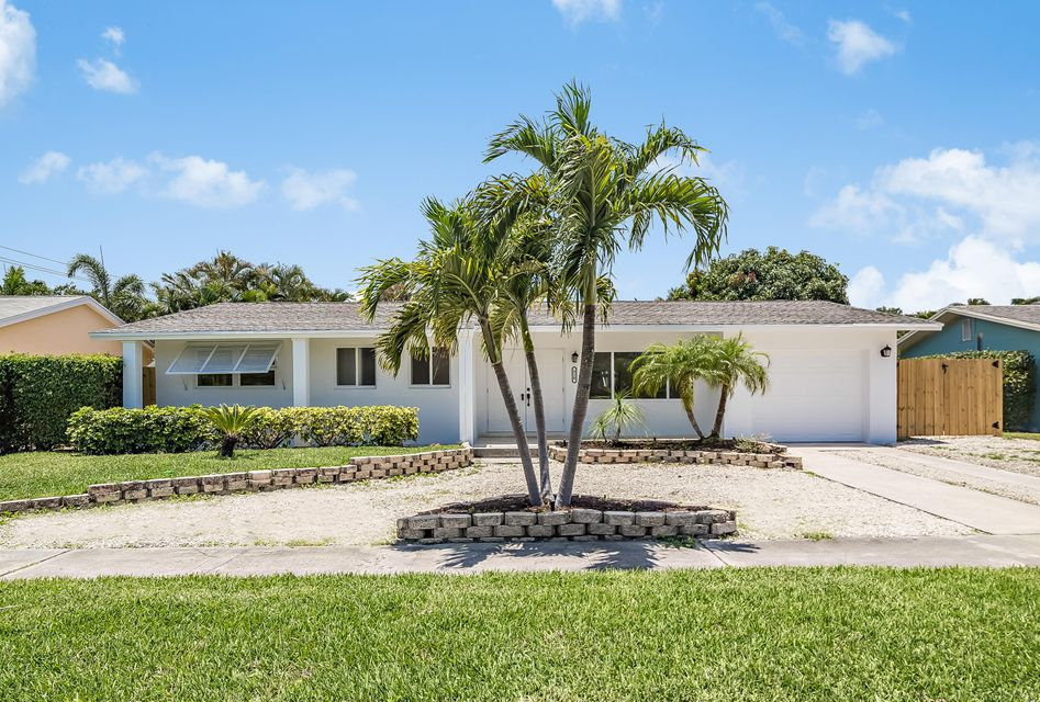 510 Dover Road, Tequesta, FL 33469