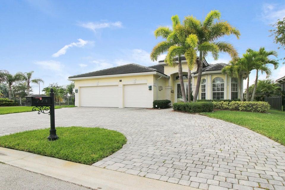 771 SW River Bend Circle, Stuart, FL 34997