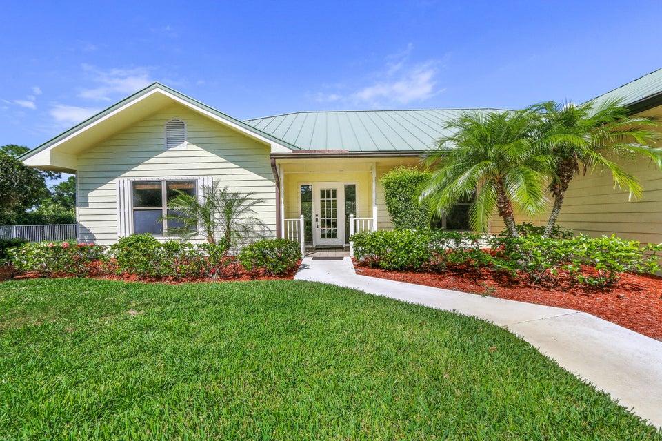 Casa Unifamiliar por un Venta en 7678 Wexford Way 7678 Wexford Way Port St. Lucie, Florida 34986 Estados Unidos